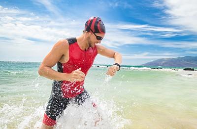 Swimmer wearing smartwatch